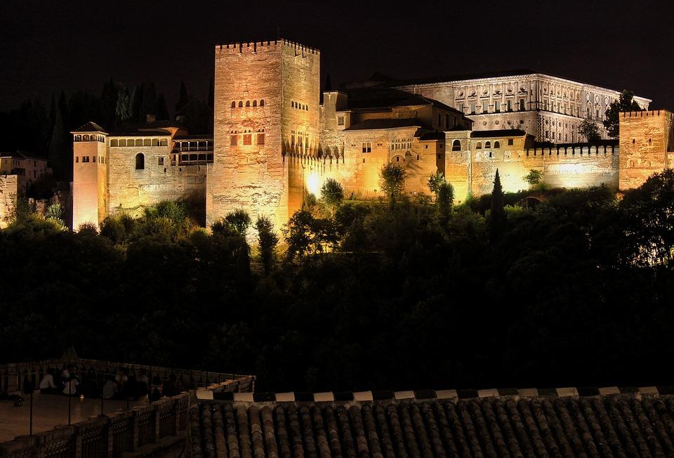 Alhambra iluminada